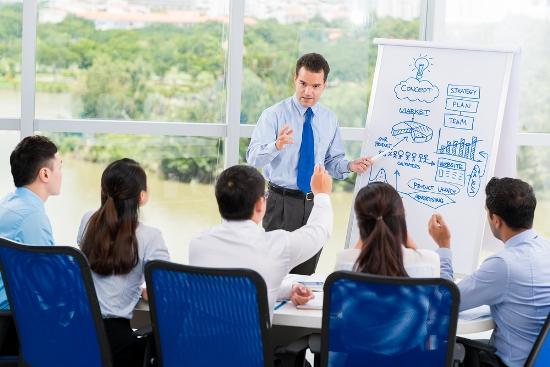 Bộ phận đào tạo và phát triển (T&D) trong phòng nhân sự