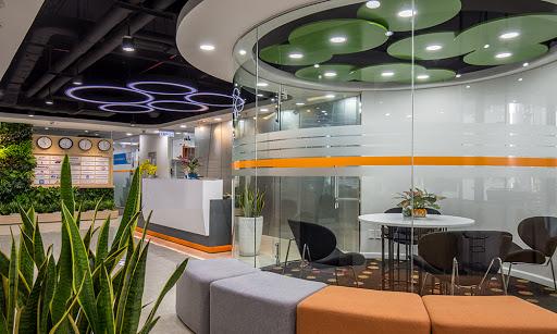 Sự khác nhau giữa không gian làm việc serviced office và không gian làm việc co-working space