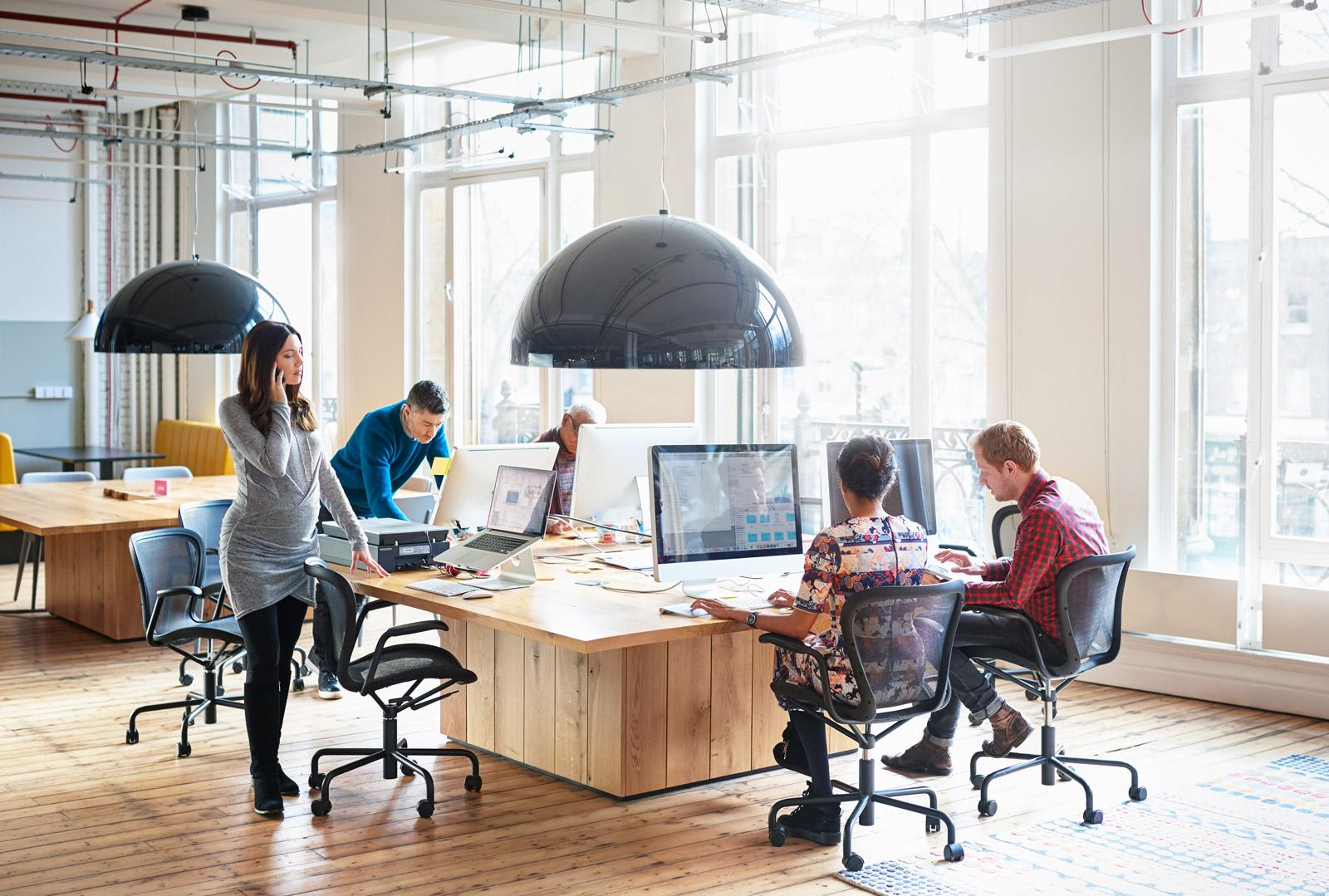 "The importance of the office environment"" by Irina Ciuntu | AIE-Internship"